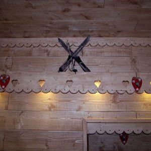 Frise bandeau artisanale en bois déco chalet montagne