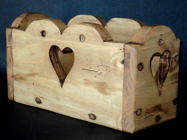Porte courrier artisanal en bois déco chalet montagne
