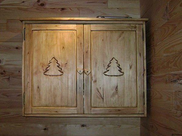 Meuble salle de bains artisanal déco chalet montagne