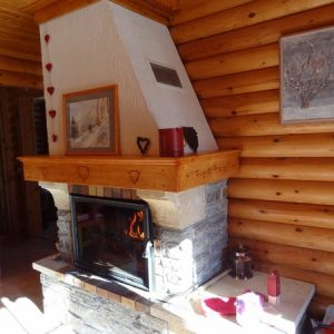 Habillage cheminée artisanal sur mesure deco chalet montagne