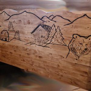 Tête de lit artisanale en bois déco chalet montagne